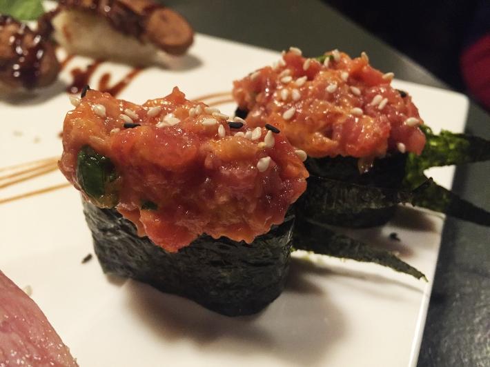 spicy-tuna-gunkan-ukai-verytastyblog